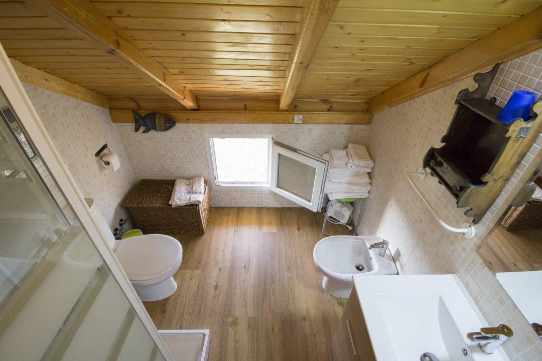 Cuarto de baño planta superior